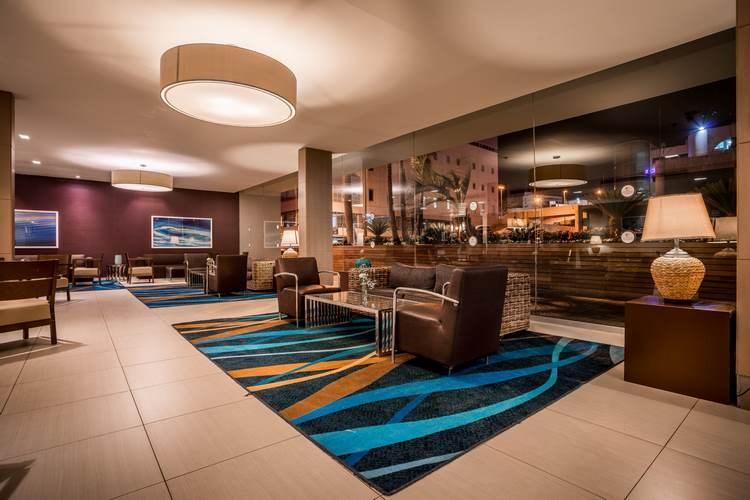 Nirvana Suites - lobby