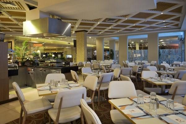 """Ananda Restaurant"""