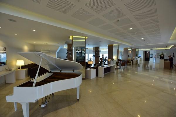 piano in the hotel lobby